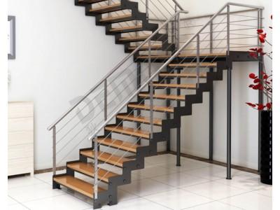 Варианты обшивки металлических лестниц