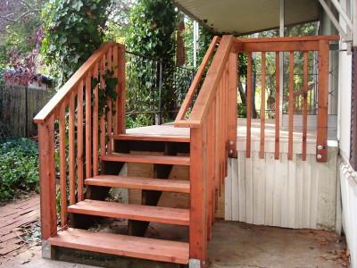 Выбираем лестницу на террасу