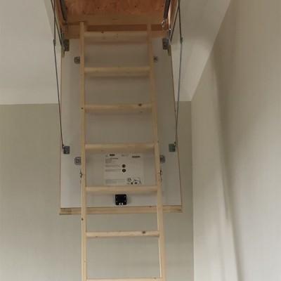 Фото: Чердачная лестница DOLLE SW-36