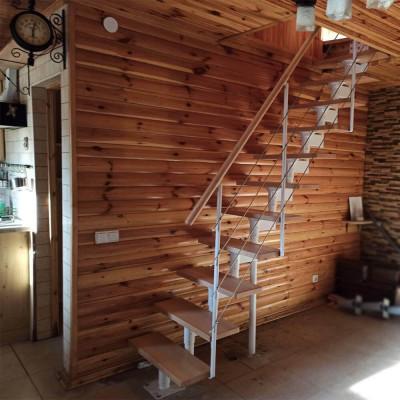 Фото лестницы DOLLE Boston в доме