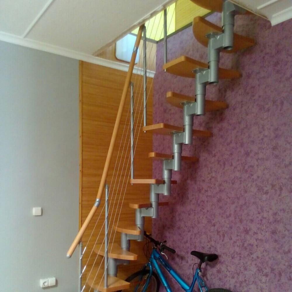 "Фото Лестница ""утиный шаг"" модель DOLLE Rome"