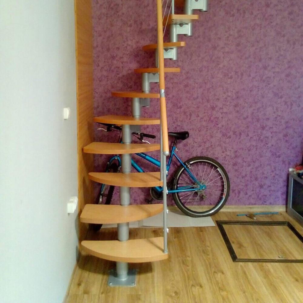 Фото Лестница со ступенями утиный шаг DOLLE Rome