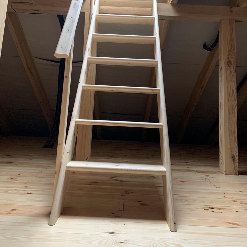 Фото Деревянные лестницы на второй эьтаж