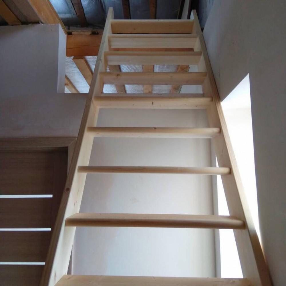 Фото Лестницы для дачи модель DOLLE Madrid