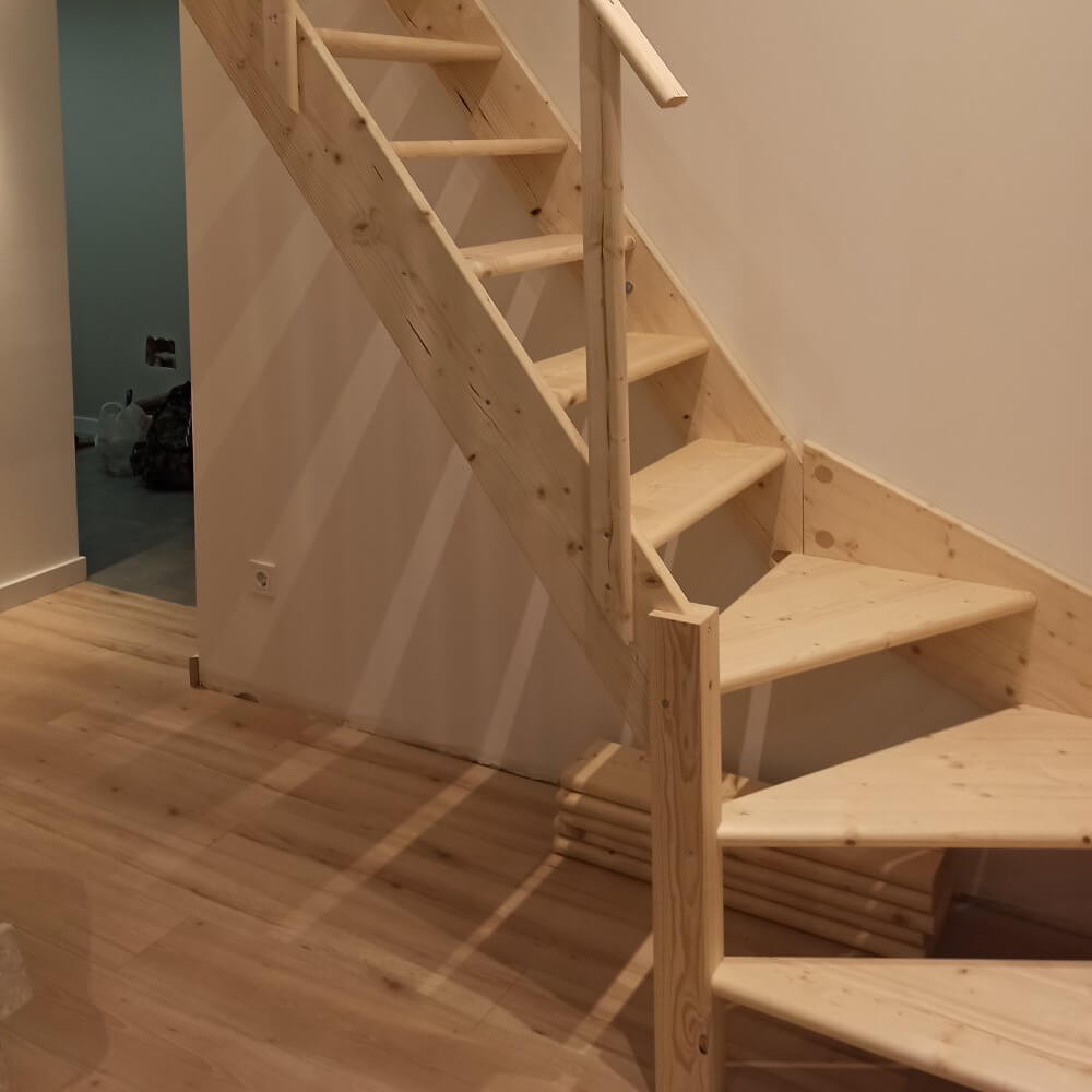 Фото Лестницы с поворотом забежные