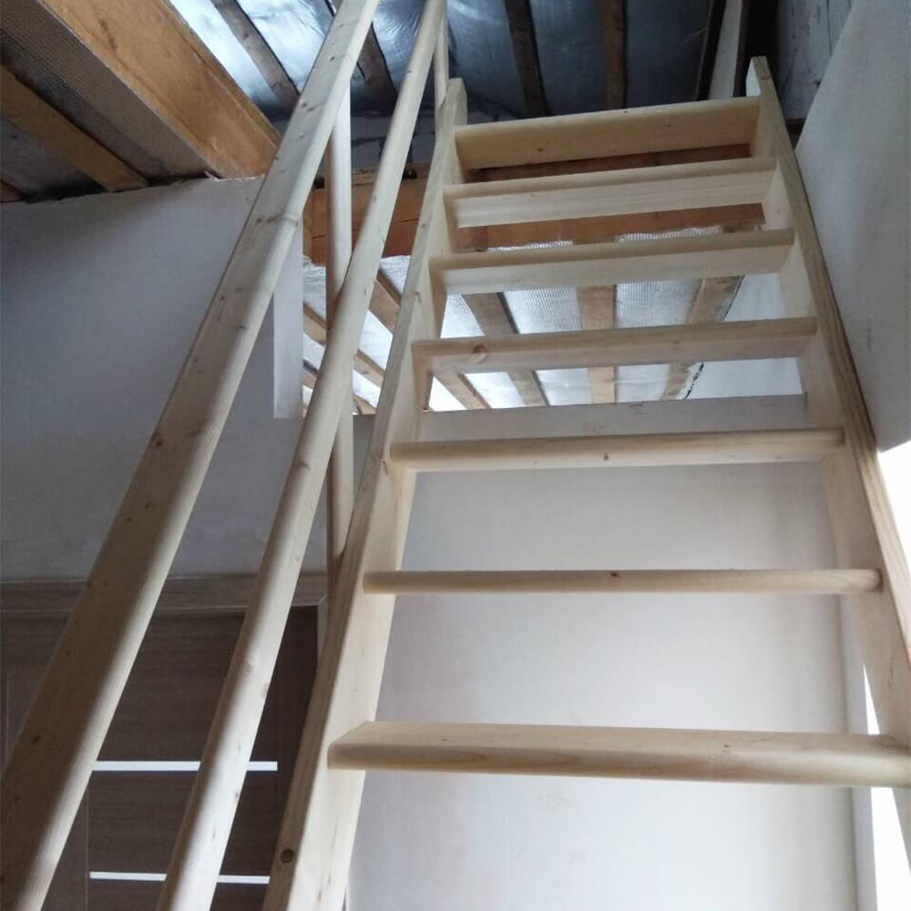 Фото Прямая лестница на второй этаж