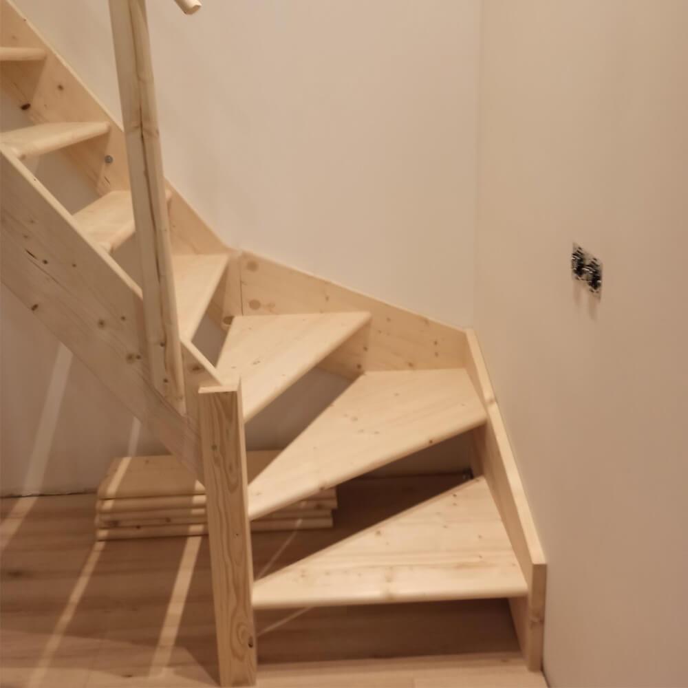 Фото Забежные лестницы с поворотом