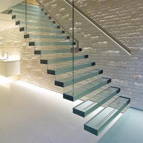 Скляні сходи