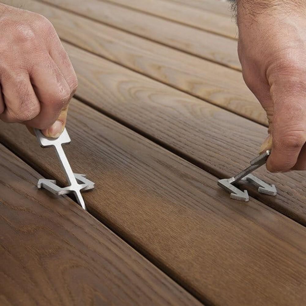 Фото Ключі для демонтажу терасної дошки