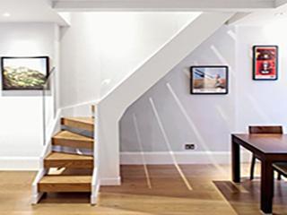 П-образная лестница на второй этаж